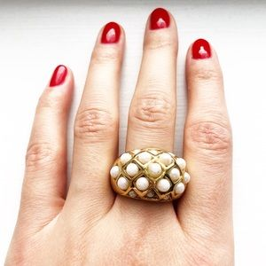 Vintage 18K gold & pearl chunky dome ring